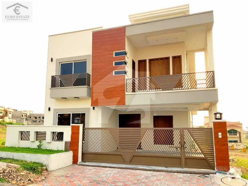 Luxury 10 Marla High Quality House