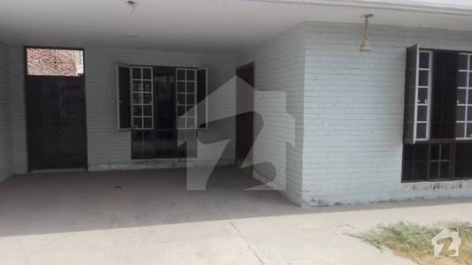 2 bed house available for rent at Aziz Hotel Chowk