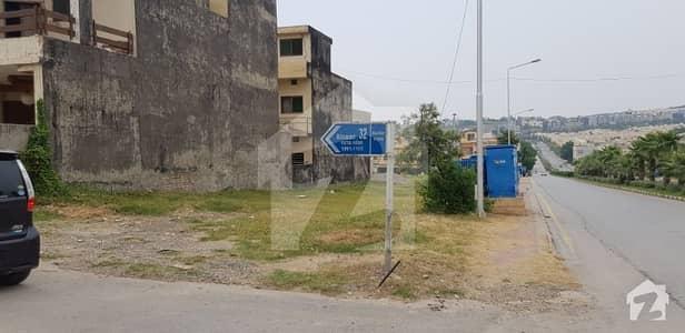 Boulevard Corner Plot For Sale In Bahria Town Phase 8 Safari Valley Abu Baker Block In Very Reasonable Price