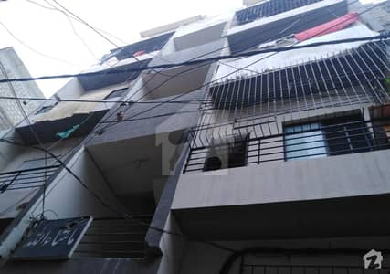 Most Luxurious Apartment In The Heart Of Mehmoodabad Available For Sale With Roof