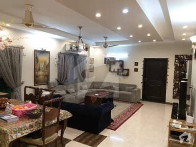 عسکری 11 عسکری لاہور میں 4 کمروں کا 12 مرلہ فلیٹ 1.73 کروڑ میں برائے فروخت۔