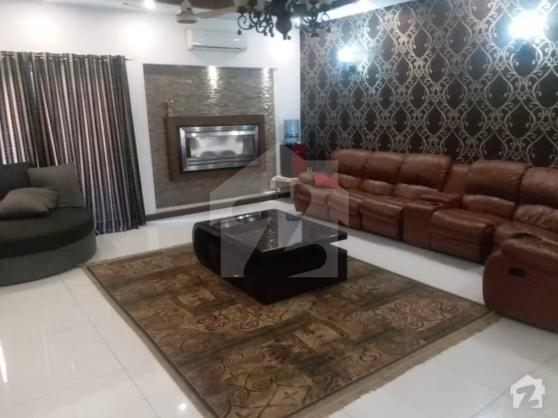 Fully Furnished 1 Kanal 5 Bed Full House Available