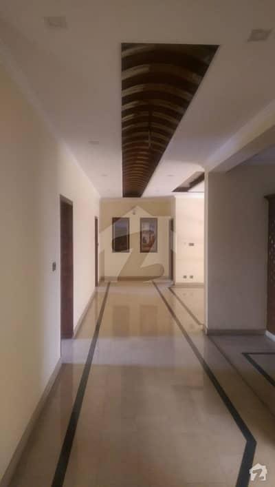ڈی ایچ اے ڈیفینس فیز 3 ڈی ایچ اے ڈیفینس اسلام آباد میں 5 کمروں کا 1 کنال مکان 90 ہزار میں کرایہ پر دستیاب ہے۔