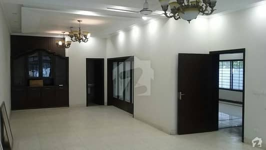 House Is Available For Sale In DHA Phase 3 - Block Y