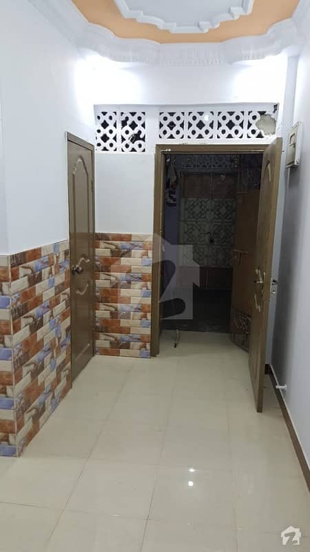 عائشہ منزل کراچی میں 2 کمروں کا 3 مرلہ فلیٹ 43 لاکھ میں برائے فروخت۔