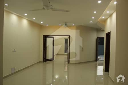A beautiful and graceful  1 kanal house for rent in A block phase 8