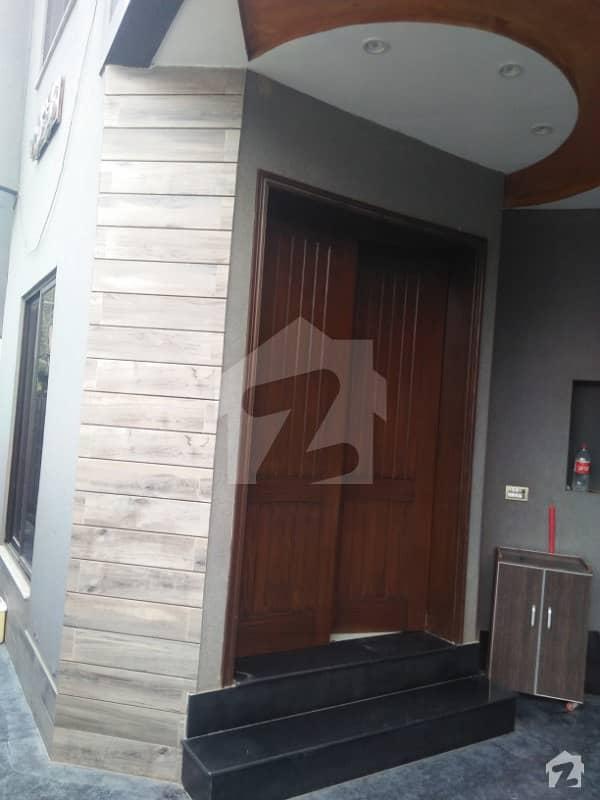 پی آئی اے ہاؤسنگ سکیم ۔ بلاک ای پی آئی اے ہاؤسنگ سکیم لاہور میں 2 کمروں کا 7 مرلہ بالائی پورشن 20 ہزار میں کرایہ پر دستیاب ہے۔