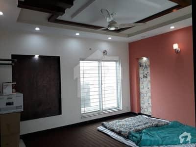 پاک عرب ہاؤسنگ سوسائٹی لاہور میں 4 کمروں کا 5 مرلہ مکان 55 ہزار میں کرایہ پر دستیاب ہے۔