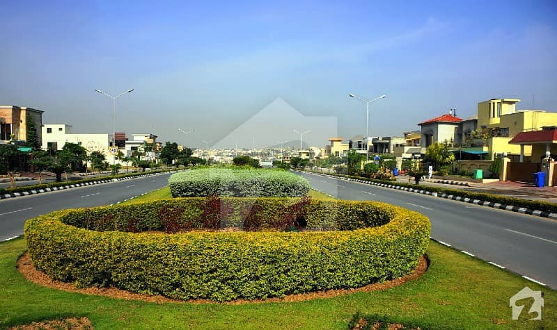 10 Marla Fully Developed Plot In Southern Block Bahria Orchard