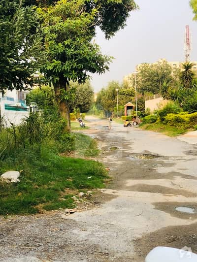 F-10/3 600 Sq Yards Residential Plot For Sale