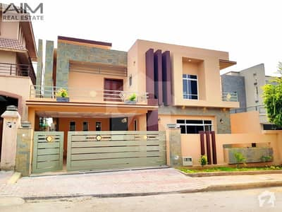 Excellent 1 Kanal House Is For Sale At Heighted Location