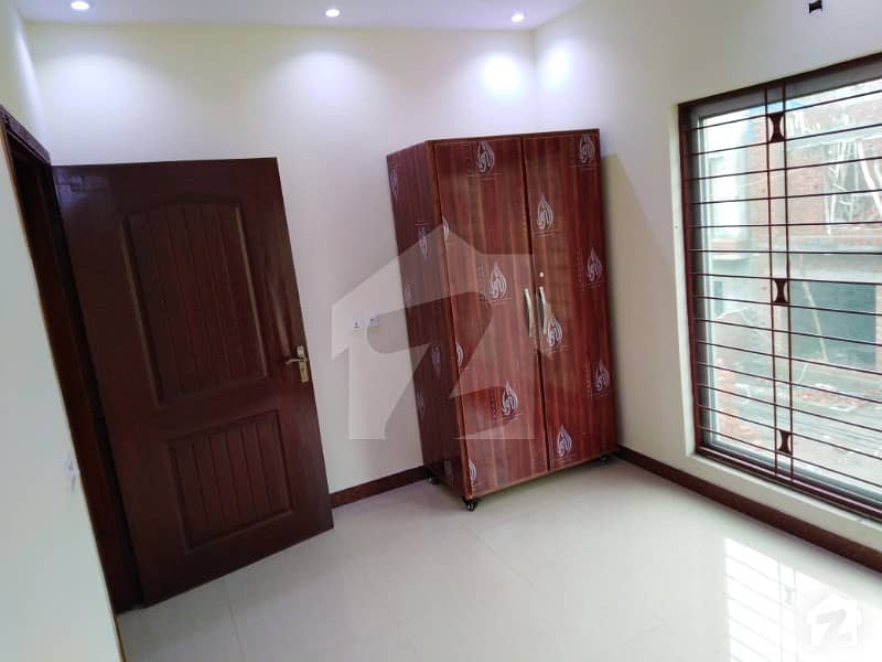 5 Marla Upper Portion For Rent in State life Housing society Lahore phase 1 opposite To DHA Phase 5