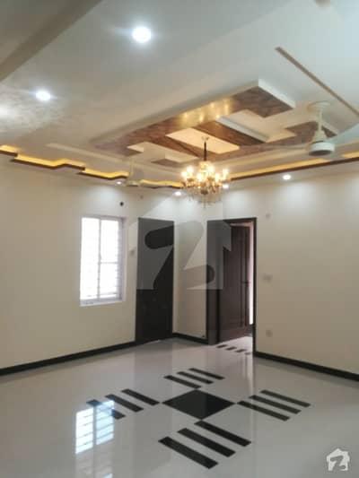 پنجاب گورنمنٹ ایمپلائیز سوسائٹی لاہور میں 5 کمروں کا 10 مرلہ مکان 75 ہزار میں کرایہ پر دستیاب ہے۔