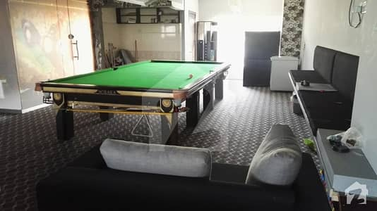 Main Avenue Facing First Floor Along With Occupying New Snooker Setup For Sale