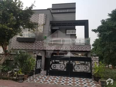 10 Marla Upper Portion New In Nargis Block Wellbuilt Portion Available At Good Location
