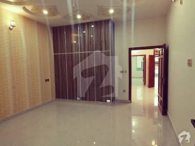 10 MARLA BRAND NEW FIRST ENTRY HOUSE FOR SALE FACING PARK AT VERY HOT LOCATION