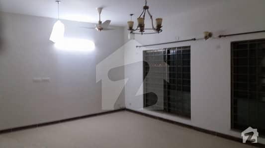 10 Marla 3 Bedroom Flat For Sale In Askari XI Lahore