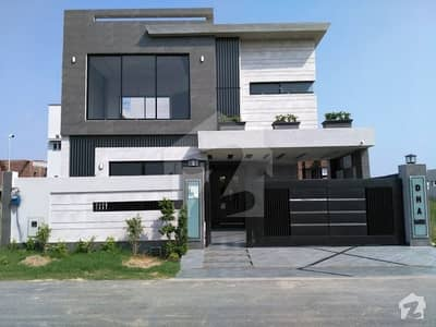 BRAND NEW 10 MARLA SOLID BEAUTIFUL HOUSE FOR SALE