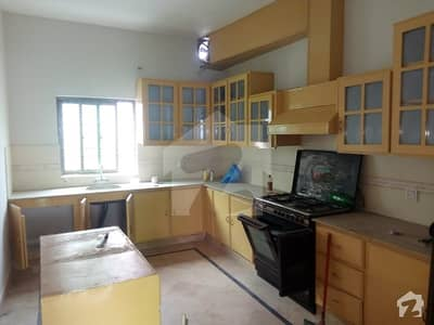 DHA DEFENCE ONE KANAL UPPER PORTION FOR RENT IN DHA PHASE 4