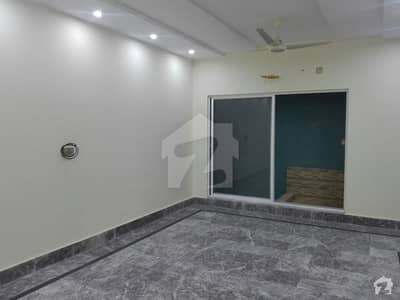 1st Floor Flat Available For Rent
