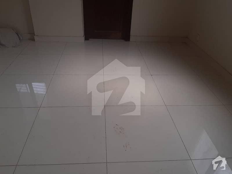 نارتھ ناظم آباد ۔ بلاک ایچ نارتھ ناظم آباد کراچی میں 2 کمروں کا 4 مرلہ فلیٹ 1.1 کروڑ میں برائے فروخت۔