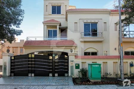 New 10 Marla House For Sale In Janiper Block Bahria Town Lahore