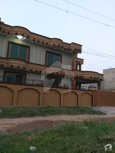 Defence Road 8 Marla New House Available For Sale