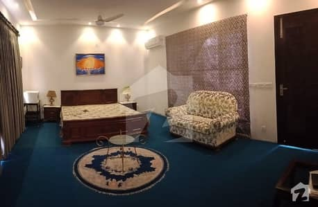 Dha Phase 4 One Bed Fully Furnished Penthouse Is Available For Rent Only For Ladies