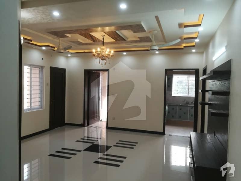 1 Kanal Most Stylish Brand New Upper Portion In Abdalian Society