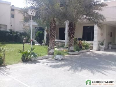 House For Rent In Gulberg Main Boulevard Lahore