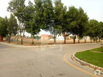 10 Marla Plot In Bahria Town Lahore