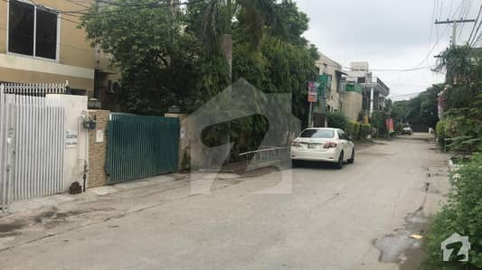10 Marla House For Sale In New Iqbal Park Near Dha