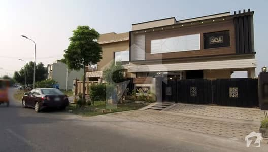 10 Marla Brand New Bungalow For Sale In Grove Block Of Paragon City Lahore