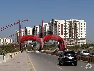 dream heights flats available in gulberg Islamabad