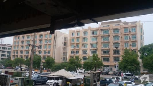 F-11 Abu Dube Towers 2 Bed Room Apartment Neat And Clean  Urgent Sale