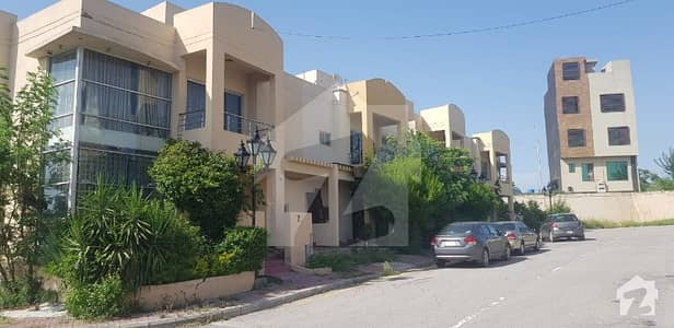 House For Sale In Bahria Town Phase 8 Safari Homes