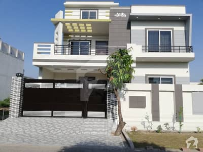 10 Marla House Is Available For Sale In Sector 3