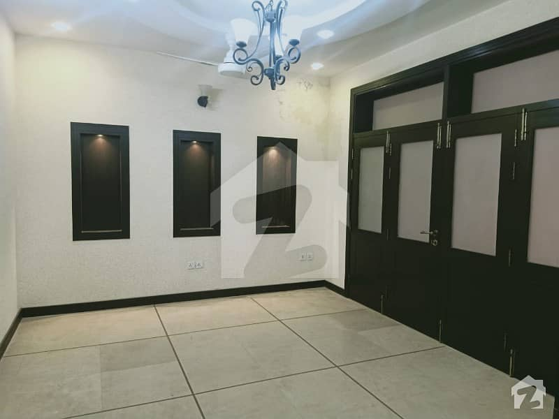 E11 Beautiful  New Doubl Story Ful House  For Rent