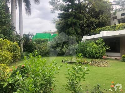 Beautiful Triple Unit Corner House with Green Extra land
