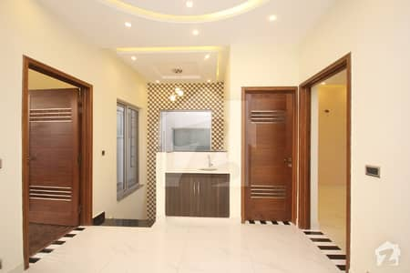LG Offer Superb 05 Marla Outclass Slightly used  Luxury Bungalow For Sale