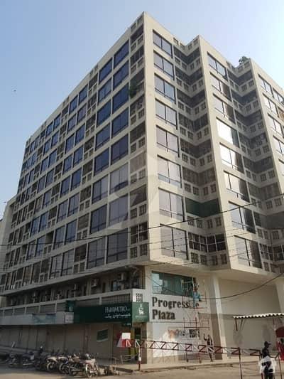 سوِل لائنز کراچی میں 1 کمرے کا 10 مرلہ دفتر 5 کروڑ میں برائے فروخت۔