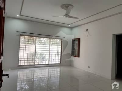 20  Marla lower portion available for rent in State life housing society phase 1 Lahore