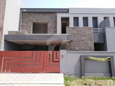 ایڈن آچرڈ فیصل آباد میں 7 مرلہ مکان 1.5 کروڑ میں برائے فروخت۔