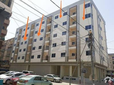 ڈی ایچ اے فیز 6 ڈی ایچ اے کراچی میں 3 کمروں کا 8 مرلہ فلیٹ 3.2 کروڑ میں برائے فروخت۔