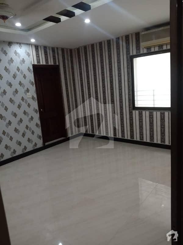ایف ۔ 10 اسلام آباد میں 2 کمروں کا 8 مرلہ فلیٹ 1.2 کروڑ میں برائے فروخت۔