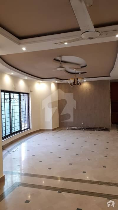 Huge 24 Marla Upper Portion Is Available For Rent In Phase 4 DHA