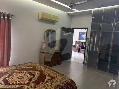 ڈی ایچ اے فیز 8 ڈیفنس (ڈی ایچ اے) لاہور میں 3 کمروں کا 10 مرلہ بالائی پورشن 40 ہزار میں کرایہ پر دستیاب ہے۔