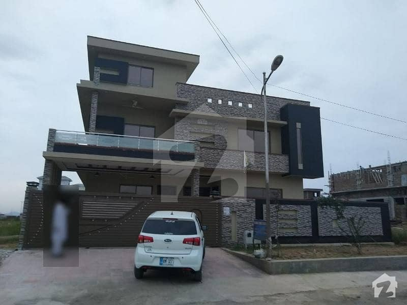 14 Marla House Available For Sale in F 17 Islamabad
