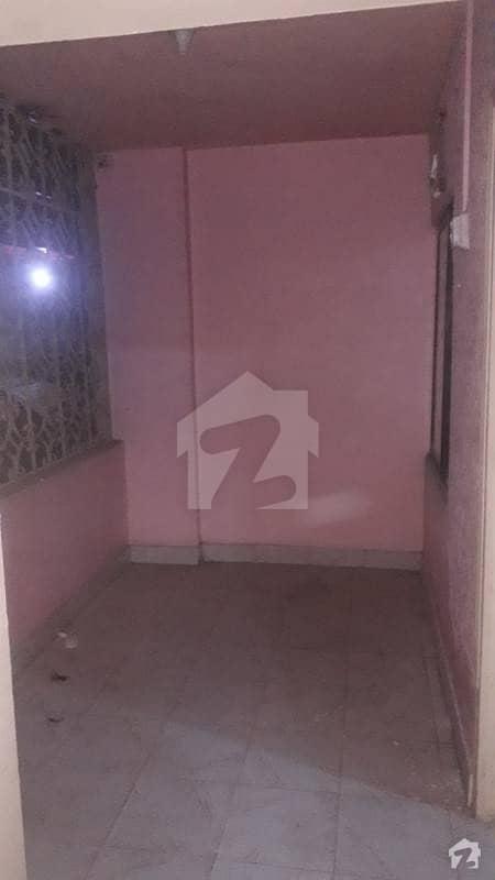 2bd  lounge block 7 fb area main talemibagh isha manzil