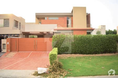 One Kanal Lavish New Bungalow Situated At Heart Of Phase 5 Easy Approach